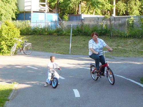 Radfahren müsste frau können